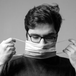 Maske und Brille - Alternative Kontaktlinse?